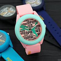 Часы P.u.m.a. Механизм-кварцевый.Материал корпуса и ремешка -Пластик/Силикон.Цвет- розовый,синий,чёрный.