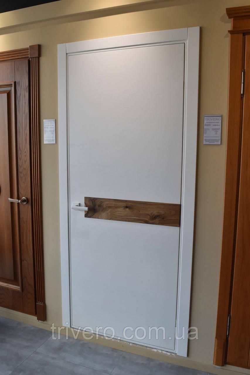 Білі фарбовані міжкімнатні двері