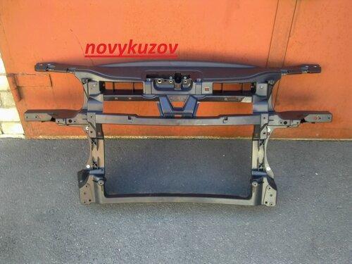 Панель передняя на Skoda Octavia A5