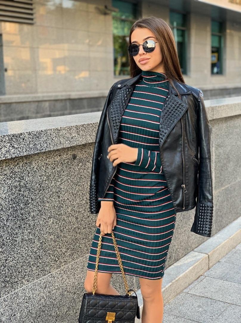 Стильное платье, ткань:рибана. Размер:С(42-44)М(44-46). Цвет: темно-синий. (1202)