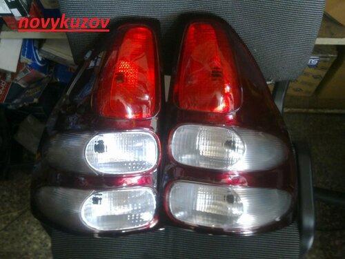 Ліхтар задній на Toyota Land Cruiser Prado 120