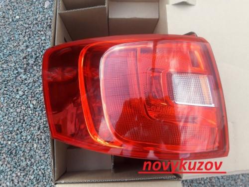 Фонарь задний на Volkswagen Jetta с 2011 г.-