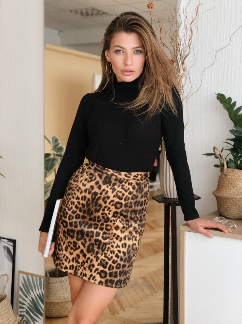 Юбка тигровая,ткань: замш на дайвинге. Размер: С(42-44)М(44-46). Цвет: принт (тигровый) .(1209)
