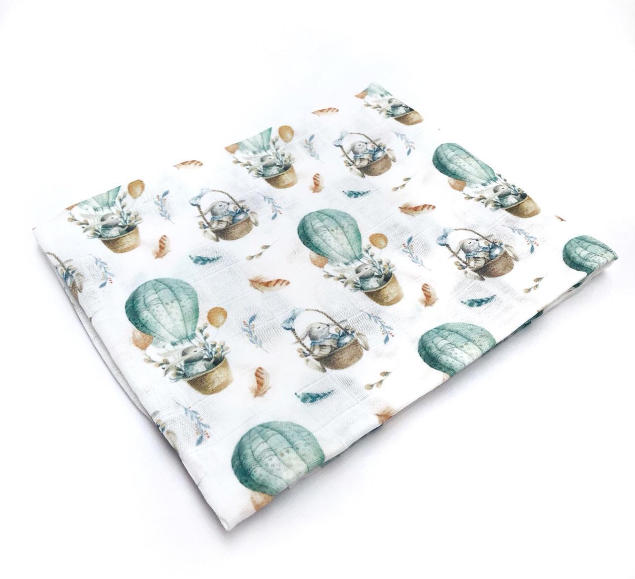 Пеленка муслиновая 100х120 см Зайки на шарах
