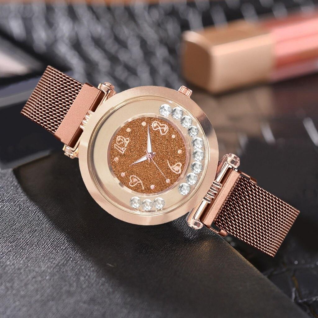 """Женские наручные часы на магнитной застежке """"Yolako"""" (коричневый)"""