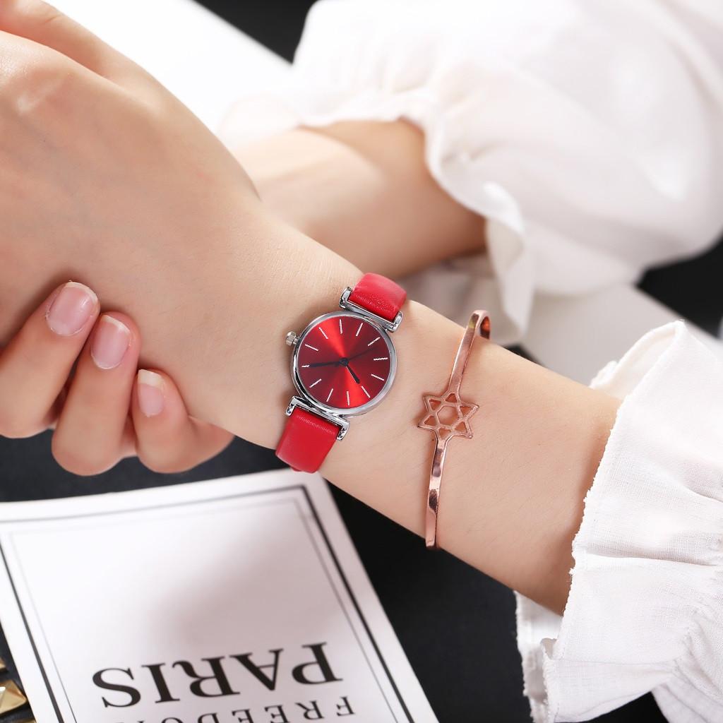 Женские наручные часы (красный, белый циферблат)