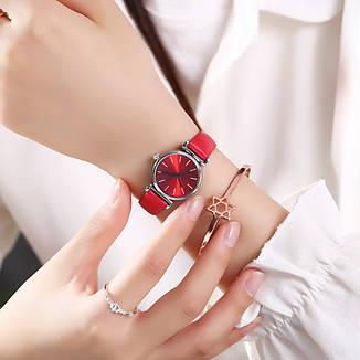 Женские наручные часы (красный, белый циферблат), фото 2