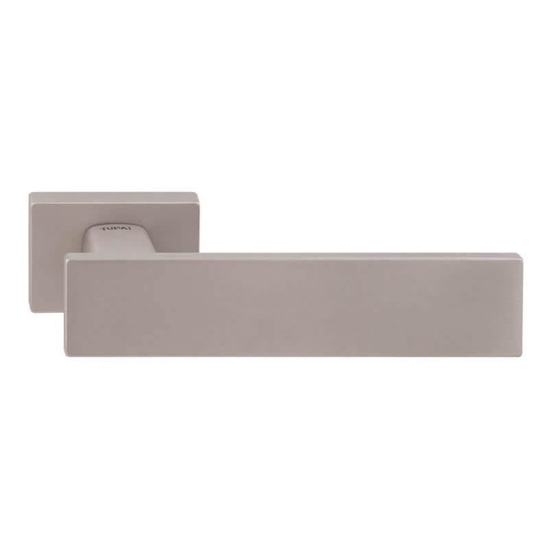 Дверная ручка TUPAI LINHA Q 2 2730RE  никель