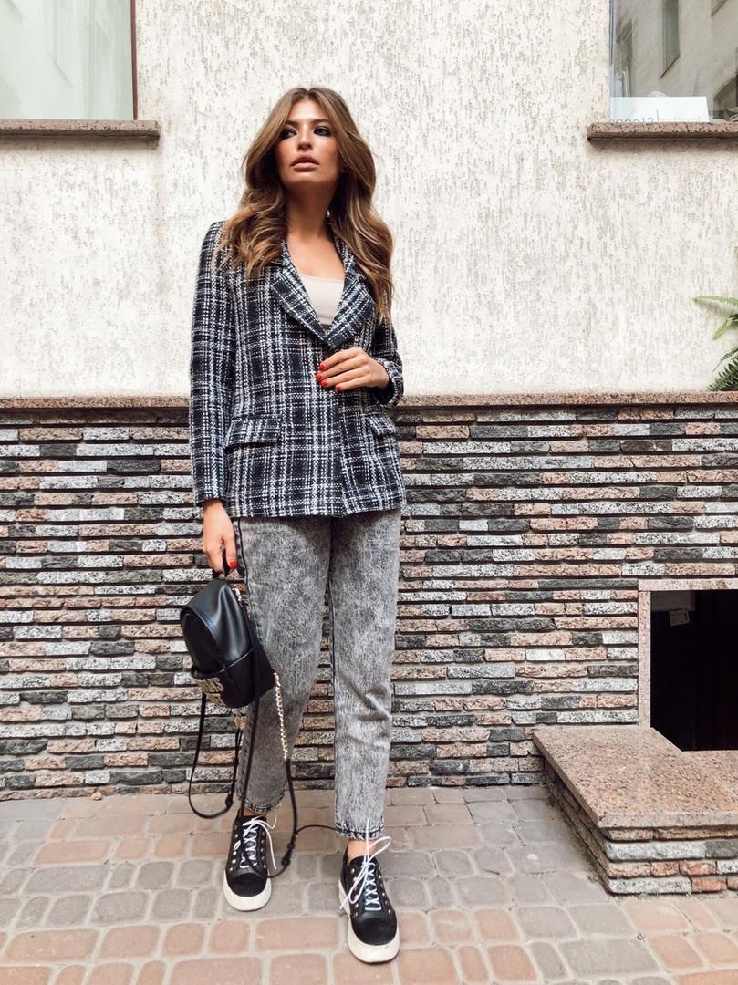 Жіночий піджак. на кнопках, тканина: букле+підкладка. Розмір: З(42-44)М(44-46). Колір:сірий з чорним. (1220)