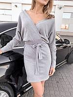 Женское короткое платье на запах с поясом
