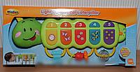 Развивающая музыкальная игрушка пианино «Гусеничка» WinFun 0215 NL