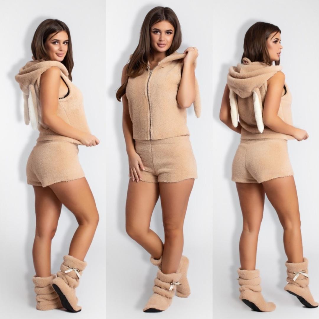 Комплект женский домашний теплый махровый жилетка на молнии, капюшон с ушками, жилетка, шортики и сапожки