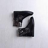Женские кожаные угги с декорированным голенищем с ремешками, фото 3