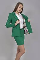 Молодежный стильный классический пиджак с подкладкой и карманами.