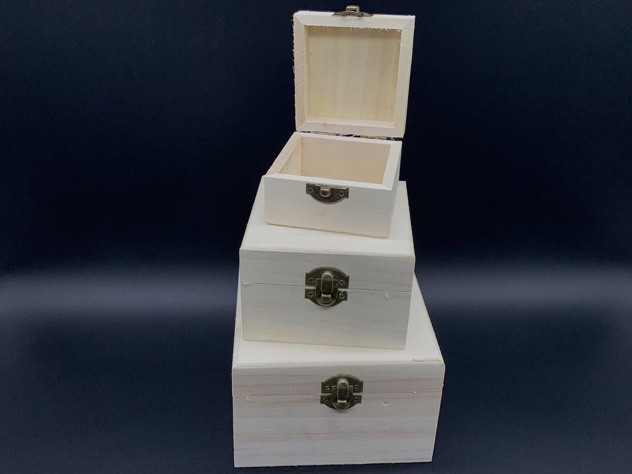 Шкатулка для декупажа с замком и петлями. Три шт/комплект. 14х14х9см