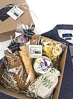 """Подарунковий набір """"МAN BOX"""". Пастила та фруктові чипси. Солодощі без цукру та добавок"""