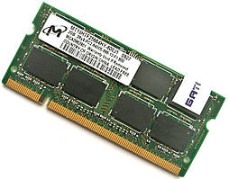 Оперативна пам'ять для ноутбука Micron SODIMM DDR2 2Gb 800MHz 6400s CL6 (MT16HTF25664HY-800J1) Б/В