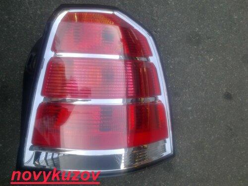 Фонарь задний на Opel Zafira