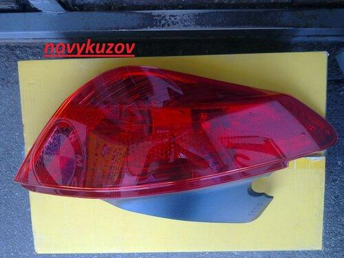 Ліхтар задній на Peugeot 308
