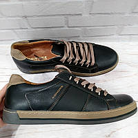 Кроссовки кожаные  мужские Konors