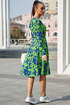 Яркое осенне платье миди с поясом и длинным рукавом цвет т.-синий с ярким зеленым, фото 3