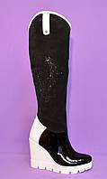 Женские высокие сапоги на белой устойчивой платформе, натуральный лак и замша., фото 1