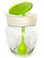 Банка стеклянная Everglass 550 мл с пластиковой салатовой крышкой и ложкой.