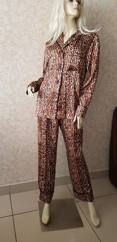 Шелковая пижама Suavite,с животным принтом