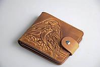 Стильный кожаный кошелек ручной работы с авторским тиснением