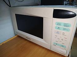Відремонтували мікрохвильову піч Samsung GE834R