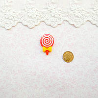 """Декор миниатюра """"Леденец красный с желтым бантиком"""" - 3*2 см"""