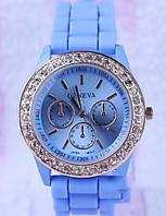 Годинник наручний жіночий зі стразами Geneva Блакитний / Часы наручные женские со стразами Женева Голубые