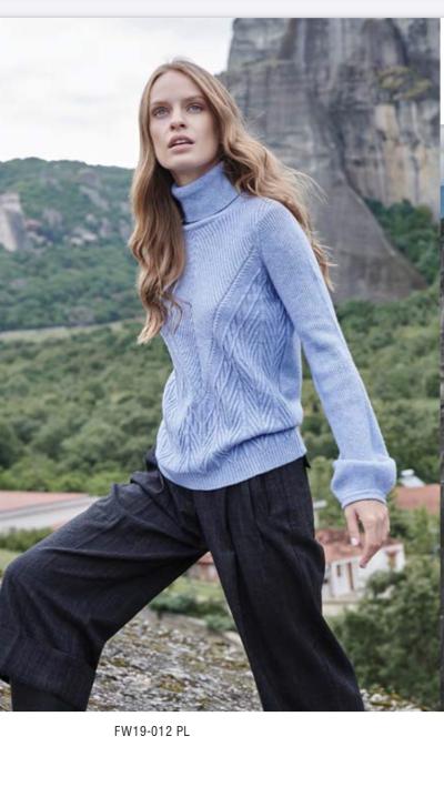 Голубой женский пуловер, Marina V FW19-012, свитер
