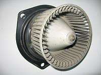 Моторчик (вентилятор) печки 162500-3040 на Mitsubishi Space Vagon год 1992-1998
