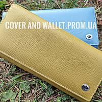 Оливковый кожаный женский кошелек с большой монетницей на магнитах ST
