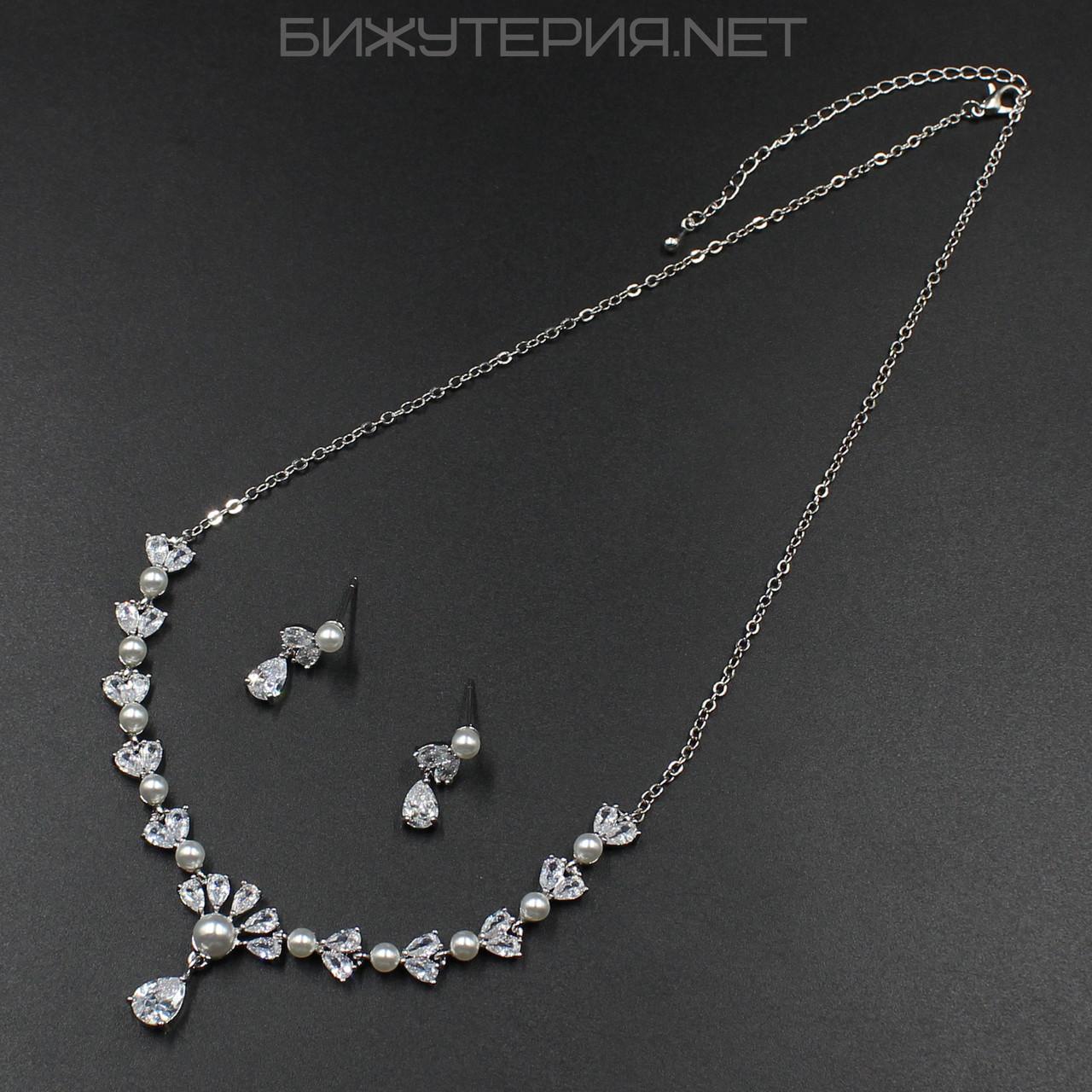 Комплект украшений JB Серьги и Колье декорирован кристаллами и искусственным жемчугом - 1053784796