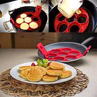 Форма силиконовая для жарки яиц,оладий,горячих бутербродов SC-001