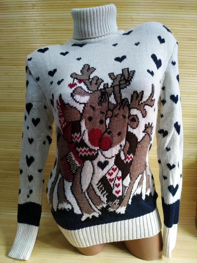 фото светр новорічний