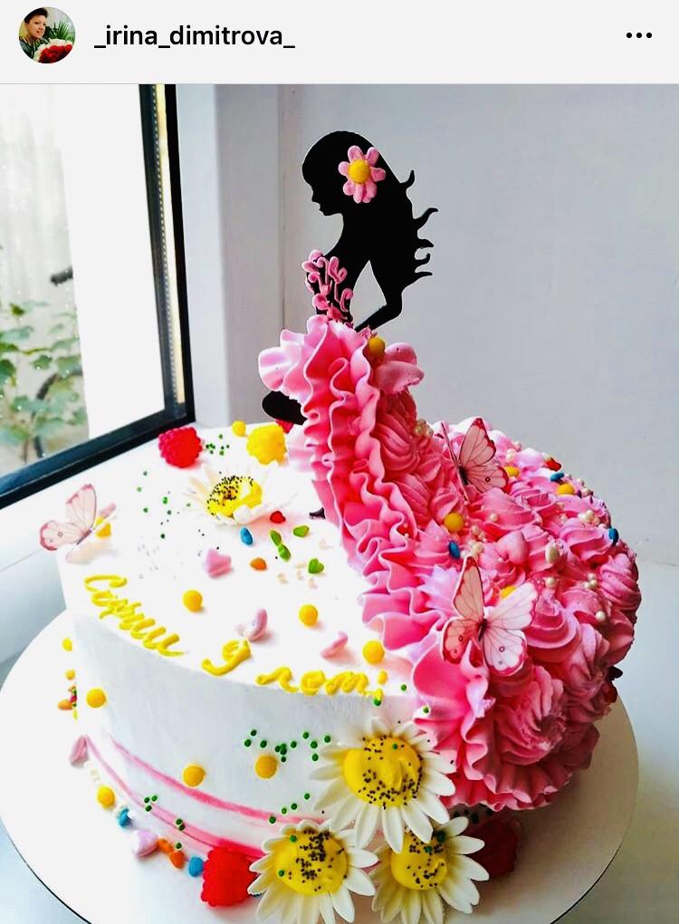 Топпер стоїть дівчина силует в торт, заготівля для прикраси торта, фігурка на торт силует дівчини, заготівля