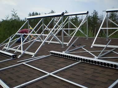 Сборка солнечных коллекторов для системы горячего водоснабжения