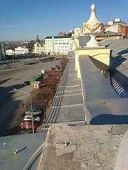 Монтаж системы антиоблединения и снеготаяния на пл. Конституции в г. Харькове