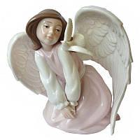 Фигурка статуэтка фарфоровая колекционная«Ангелочек с птичкой» h-18 см. 350-3032