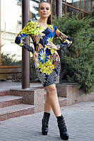 Осеннее платье мини с круглым вырезом и ярким принтом цвет т.-синий с электриком