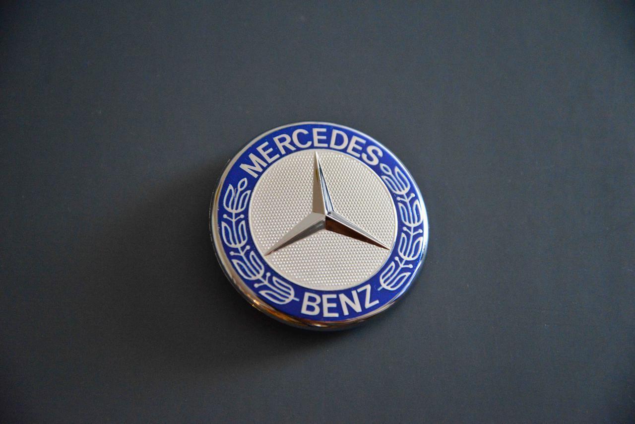 Эмблема решётки радиатора Mercedes R129 R230 R170 C SL M Class SLK W140 W203 W204 W163 W164 ML W216 CL W219 CL