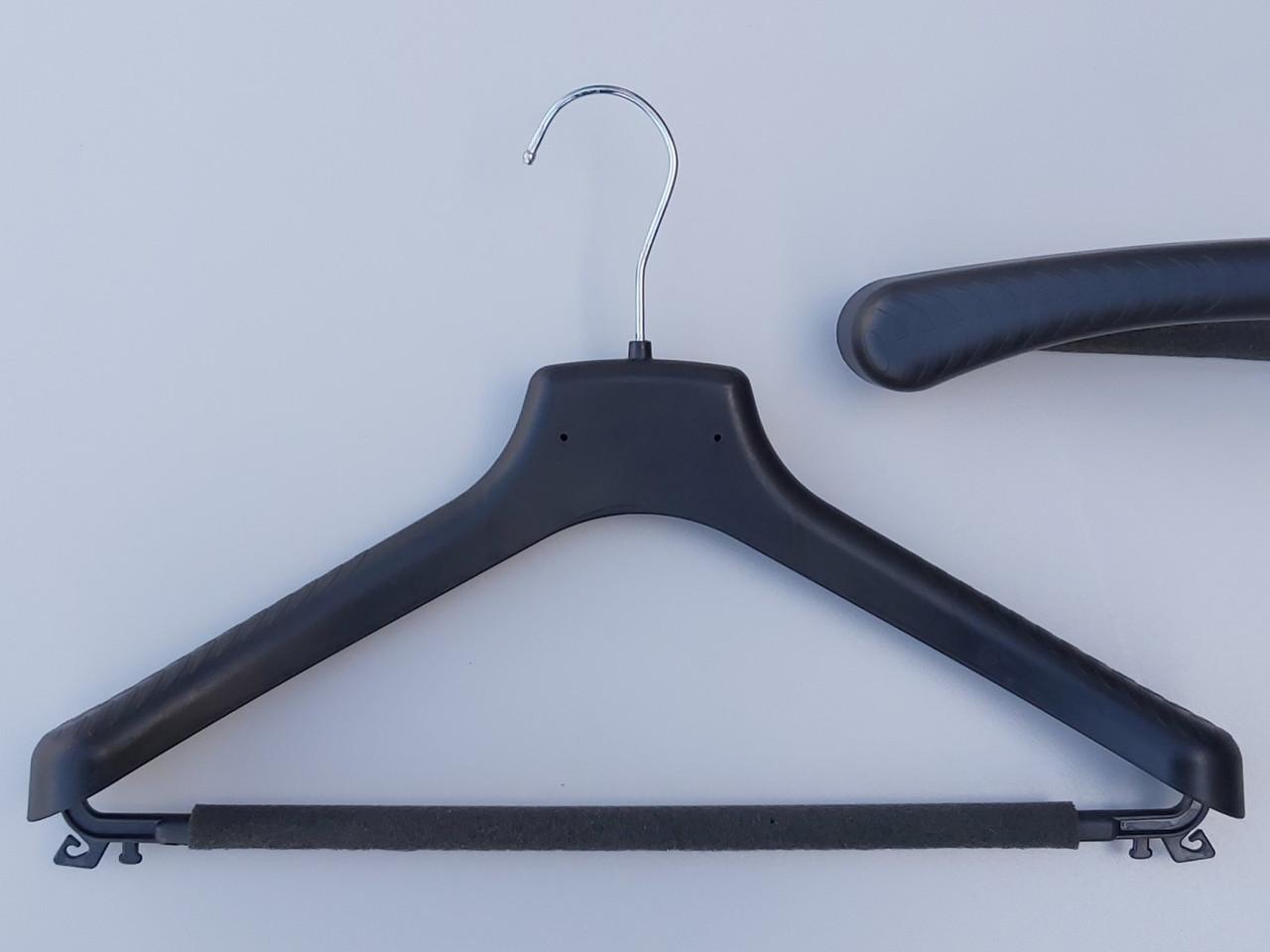 Длина 38 см. Плечики вешалки пластмассовые Д-38/40П  с поролоновой перекладиной черные