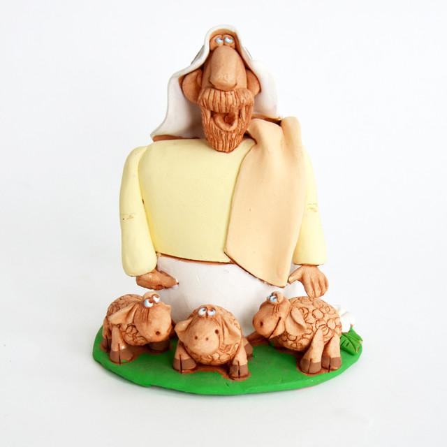 керамическая статуэтка Авраам с тремя овцами.
