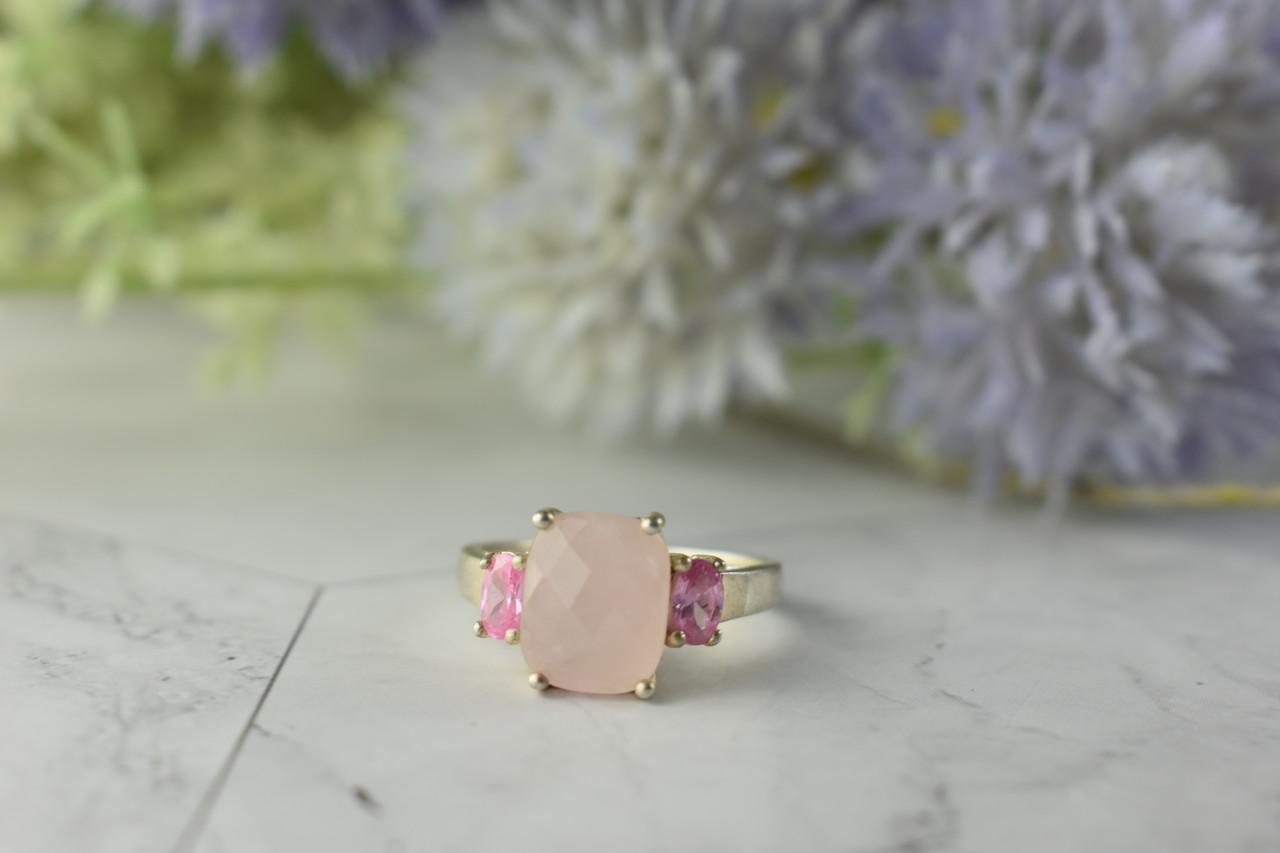 Серебряное кольцо с Розовым Кварцем и камнями Шпинель