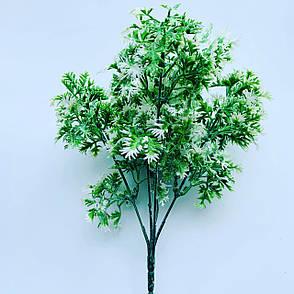 Искусственный пластиковый куст. Куст дополнитель бело-зелёный., фото 2