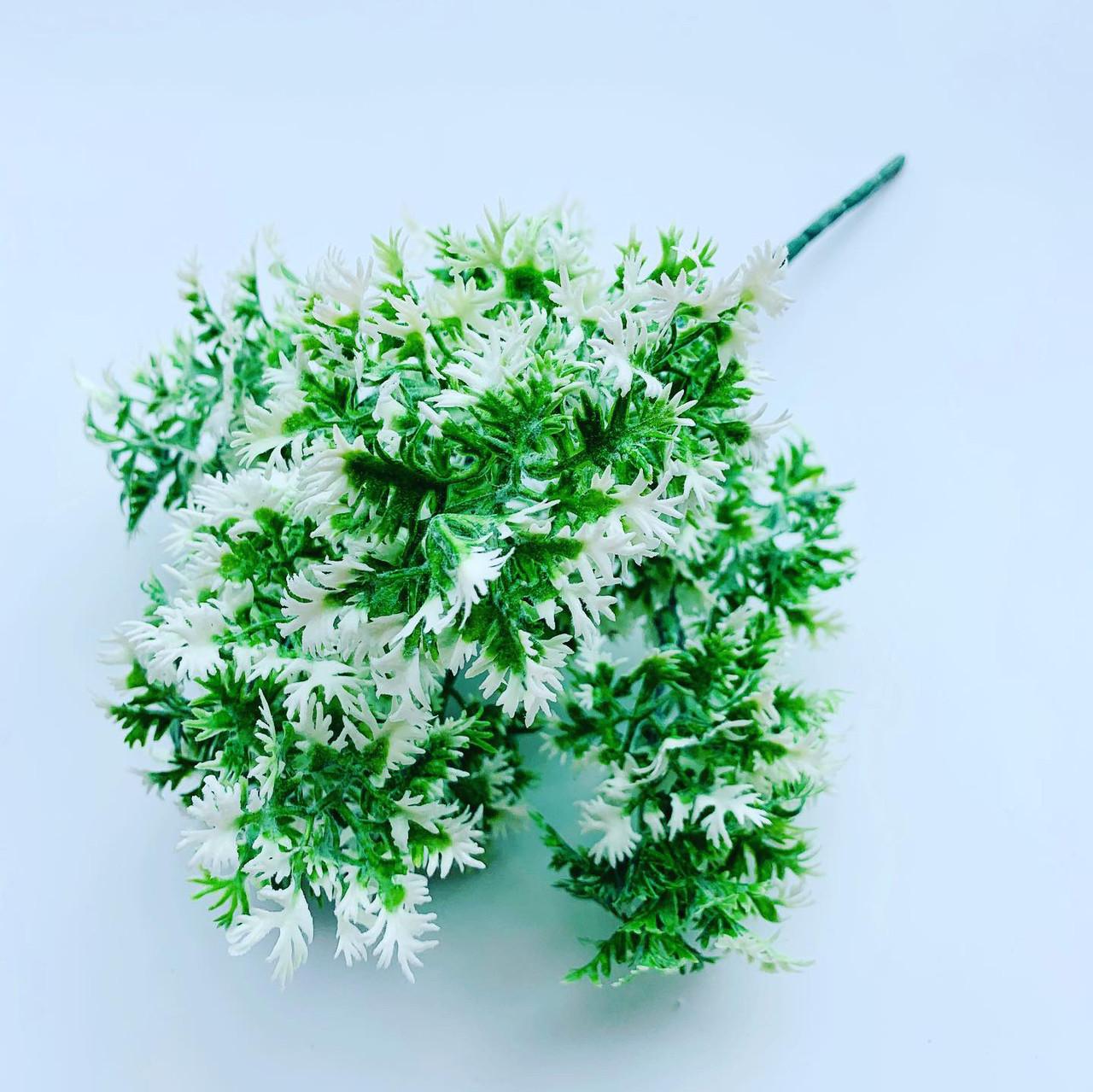Искусственный пластиковый куст. Куст дополнитель бело-зелёный.