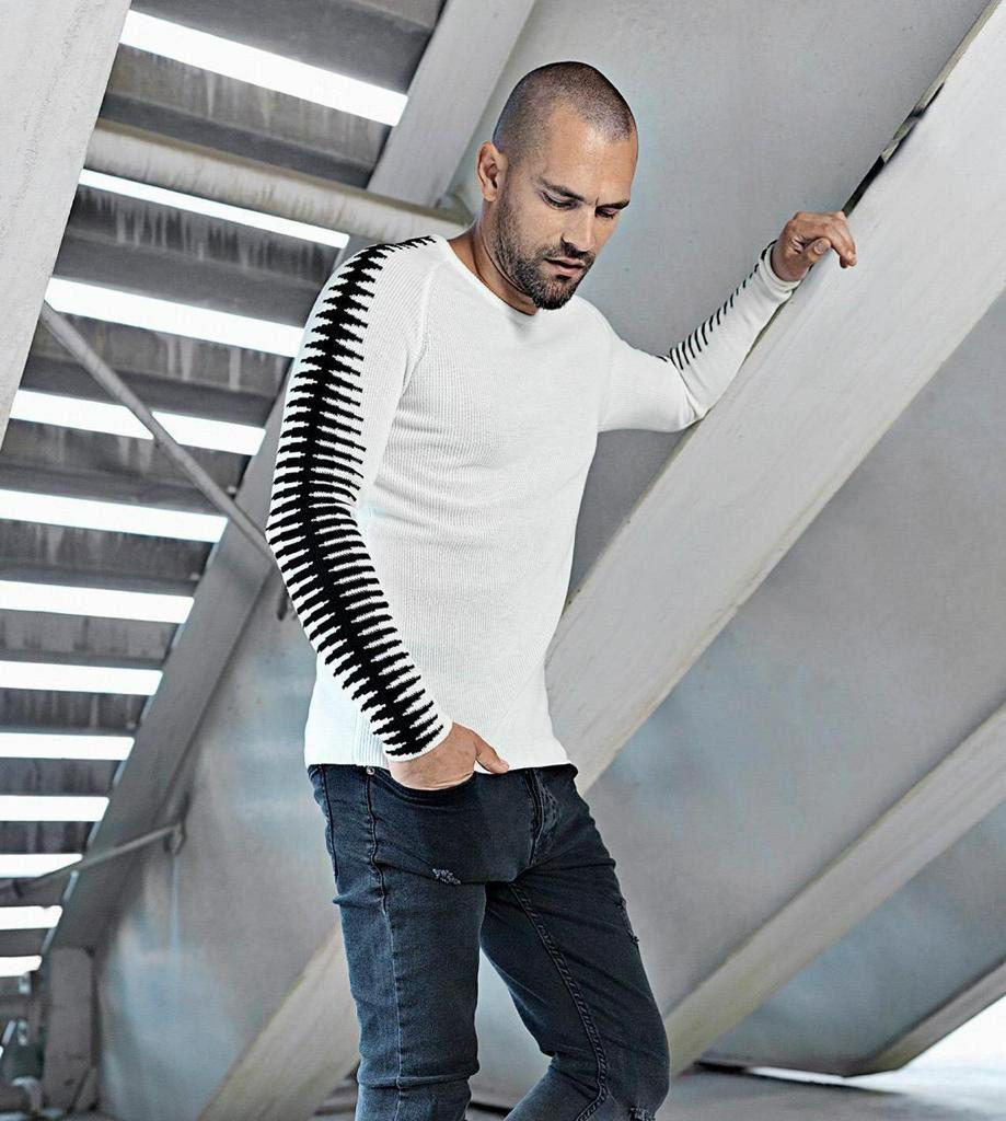 Мужской свитер белый с черным 2302